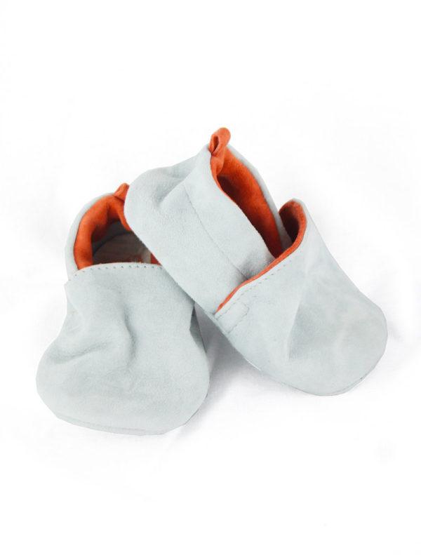 Chaussons bébé en cuir gris