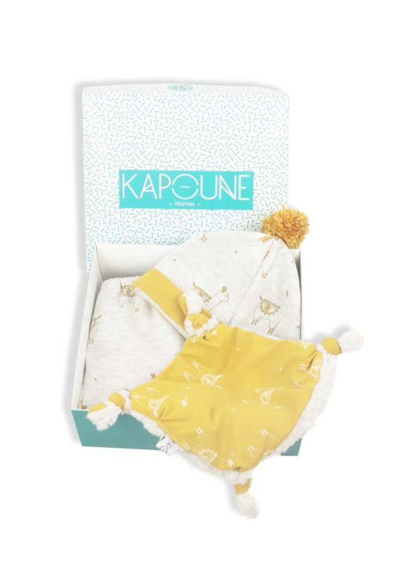 coffret-de-naissance-cadeau-bebe-vetements-accessoires-bebe-made-in-france-kapoune-createur
