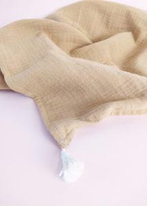 lange camel 70X70 made in france coton bio accessoires bébé kapoune